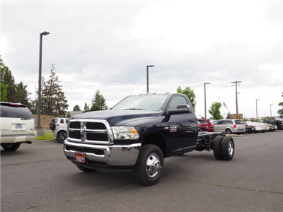 2018 Ram 3500 Regular Cab DRW 4x4,  Cab Chassis #DT18216 - photo 2