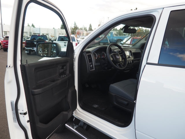 2018 Ram 2500 Crew Cab 4x4,  Pickup #JG349699 - photo 18