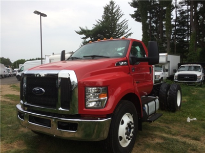 2016 F-650 DRW 4x2,  Cab Chassis #T1214 - photo 1
