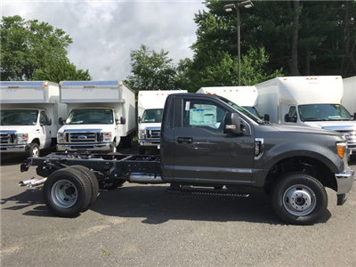 2017 F-350 Regular Cab DRW 4x4, Cab Chassis #W0747 - photo 3