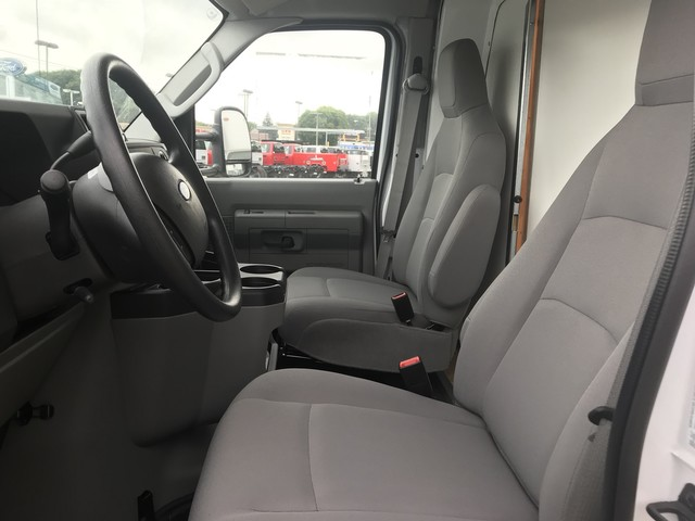 2017 E-350 4x2,  Unicell Cutaway Van #W1147 - photo 9