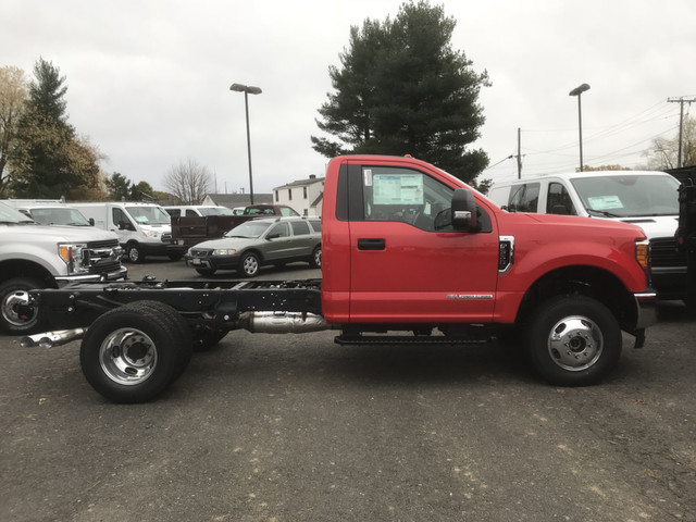 2017 F-350 Regular Cab DRW 4x4,  Cab Chassis #W1148 - photo 6