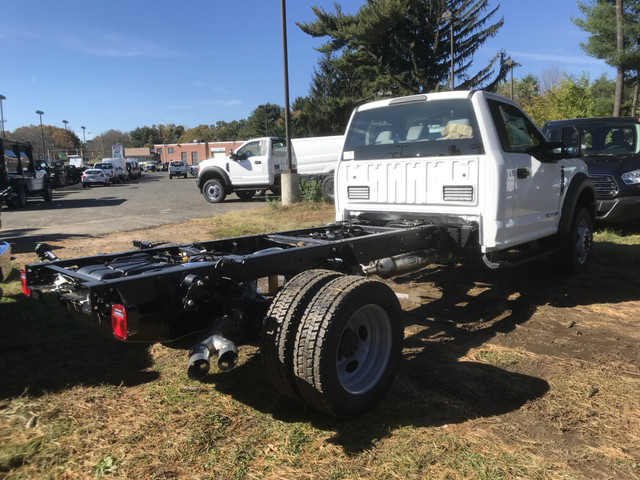 2017 F-450 Regular Cab DRW 4x4,  Cab Chassis #W1285 - photo 2