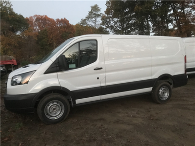 2018 Transit 250 Low Roof 4x2,  Empty Cargo Van #X0074 - photo 5