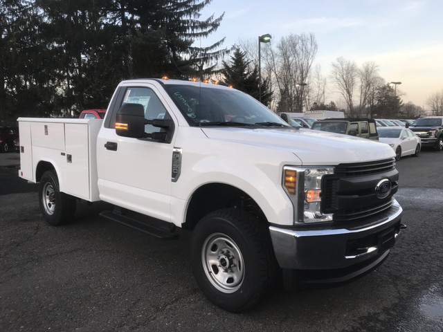 2018 F-350 Regular Cab 4x4, Reading Service Body #X0267 - photo 3
