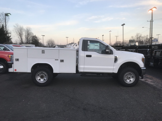 2018 F-350 Regular Cab 4x4, Reading Service Body #X0267 - photo 7