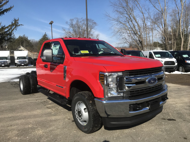 2018 F-350 Super Cab DRW 4x4,  Cab Chassis #X0306 - photo 3