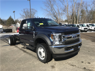 2018 F-550 Super Cab DRW 4x4, Cab Chassis #X0312 - photo 3