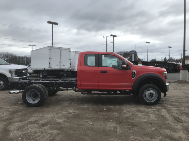 2018 F-550 Super Cab DRW 4x4,  Cab Chassis #X0326 - photo 3