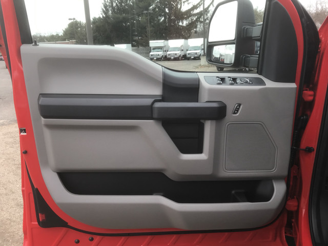 2018 F-550 Super Cab DRW 4x4,  Cab Chassis #X0326 - photo 12