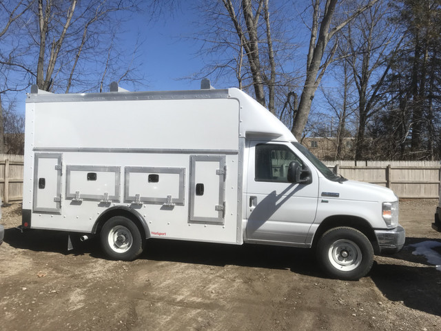 2018 E-350 4x2,  Rockport Workport Service Utility Van #X0371 - photo 5