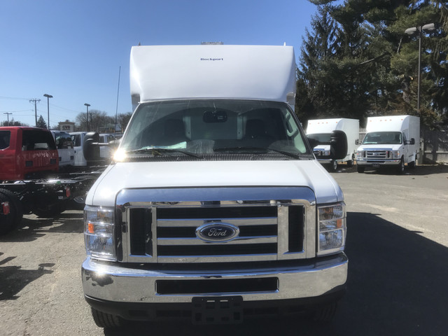 2018 F-350 Super Cab 4x4,  Reading Classic II Steel Service Body #X0379 - photo 3
