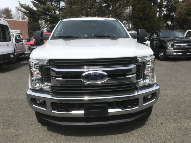 2018 F-350 Super Cab 4x4, Reading Service Body #X0380 - photo 5
