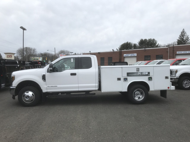 2018 F-350 Super Cab DRW 4x4, Reading Service Body #X0381 - photo 5