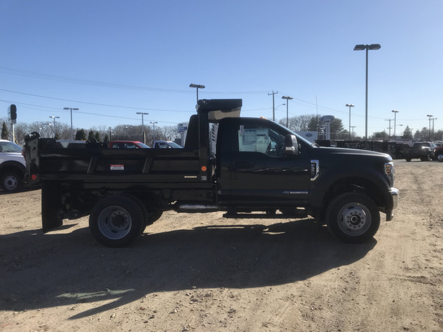 2018 F-550 Regular Cab DRW 4x4,  Reading Marauder Standard Duty Dump Body #X0392 - photo 11