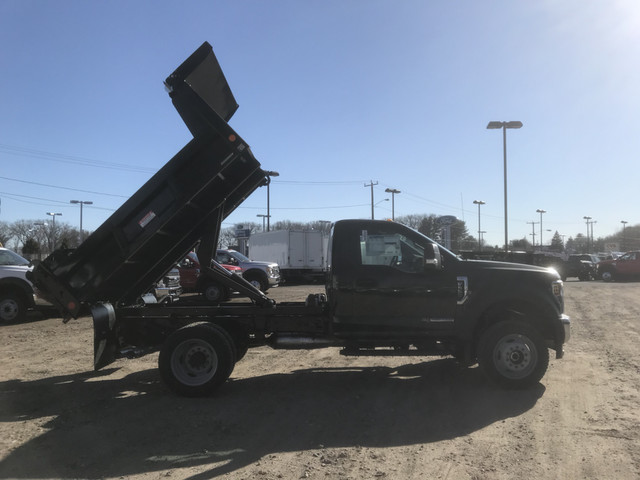 2018 F-550 Regular Cab DRW 4x4,  Reading Marauder Standard Duty Dump Body #X0392 - photo 7