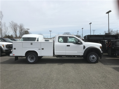 2018 F-550 Super Cab DRW 4x4,  Reading Classic II Steel Service Body #X0393 - photo 4