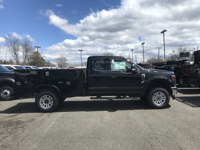 2018 F-350 Super Cab 4x4, Reading Service Body #X0444 - photo 3