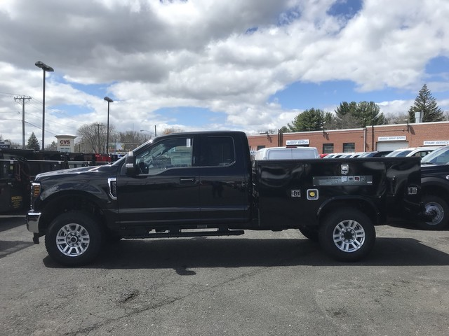 2018 F-350 Super Cab 4x4, Reading Service Body #X0444 - photo 5