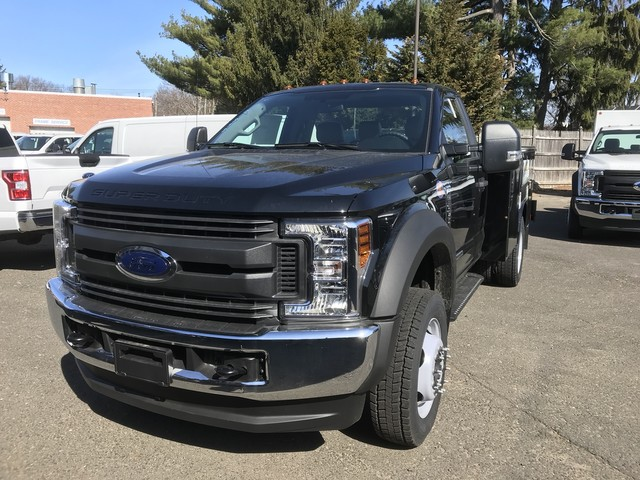 2018 F-550 Regular Cab DRW 4x4, Reading Service Body #X0459 - photo 3