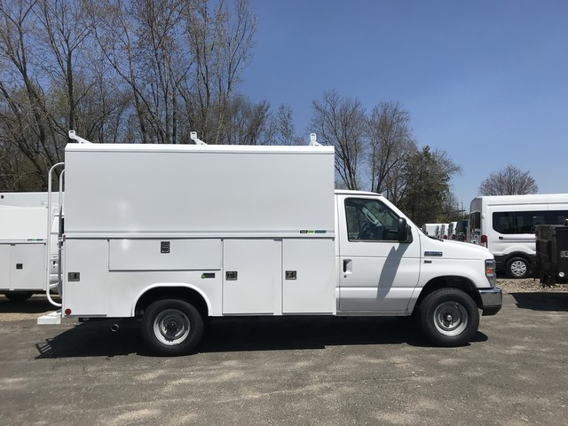 2018 E-350, Reading Service Utility Van #X0462 - photo 5