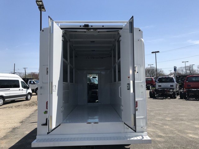 2018 E-350, Reading Service Utility Van #X0462 - photo 11