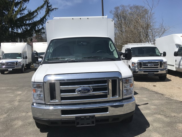 2018 E-350, Reading Service Utility Van #X0462 - photo 6