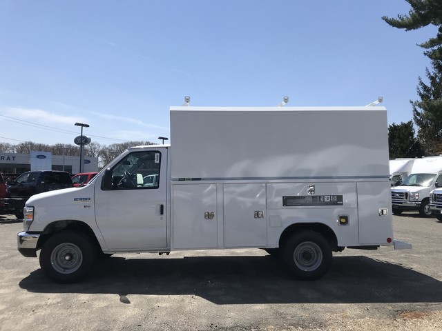 2018 E-350, Reading Service Utility Van #X0462 - photo 7