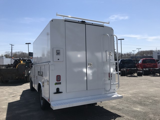 2018 E-350, Reading Service Utility Van #X0462 - photo 4