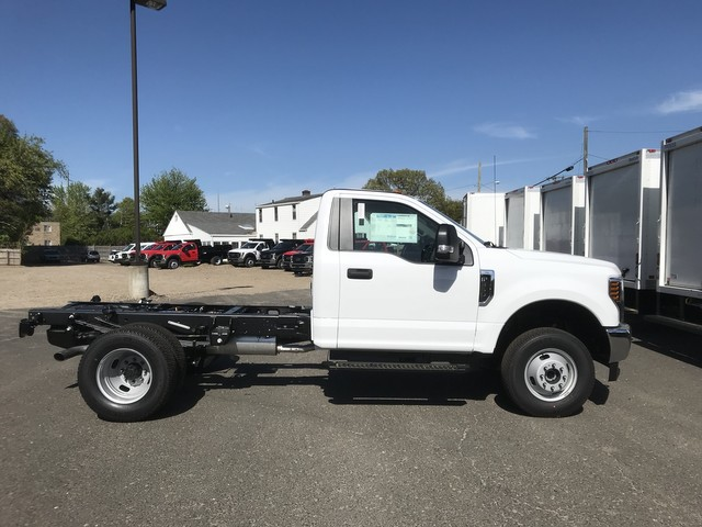 2018 F-350 Regular Cab DRW 4x4,  Cab Chassis #X0531 - photo 4