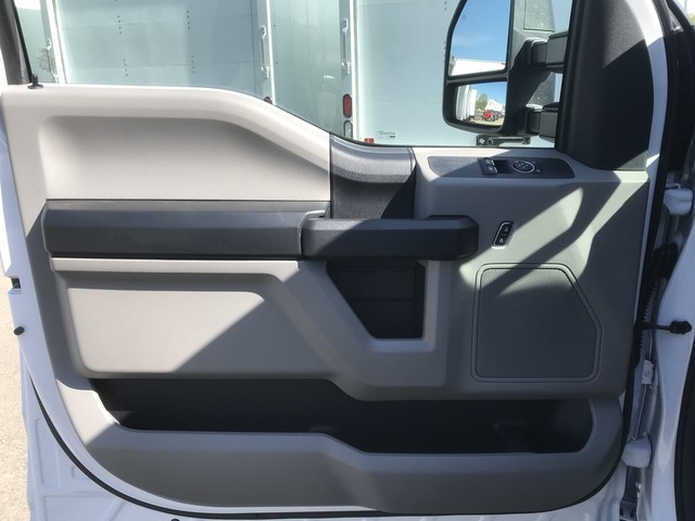 2018 F-350 Regular Cab DRW 4x4,  Cab Chassis #X0531 - photo 10