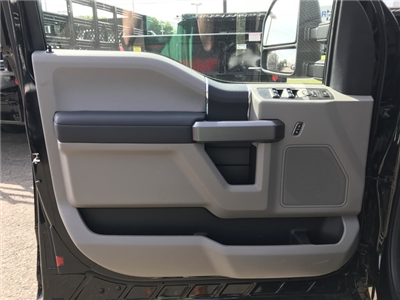 2018 F-350 Super Cab 4x4,  Reading Classic II Aluminum  Service Body #X0611 - photo 11