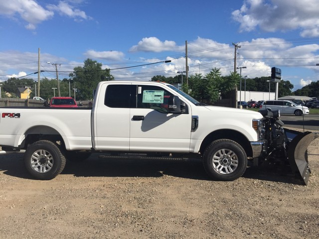 2018 F-350 Super Cab 4x4,  Pickup #X0892 - photo 4