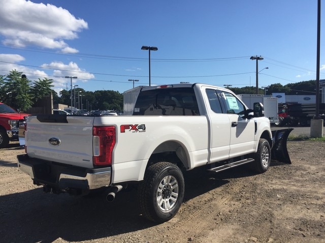 2018 F-350 Super Cab 4x4,  Pickup #X0892 - photo 2