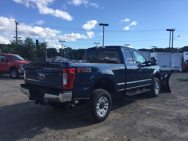 2018 F-350 Super Cab 4x4,  Fisher Snowplow Pickup #X0904 - photo 2