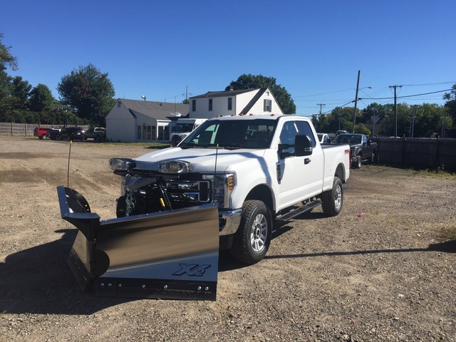 2018 F-350 Super Cab 4x4,  Fisher Pickup #X0952 - photo 3