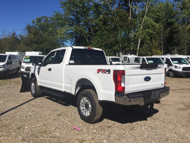 2018 F-350 Super Cab 4x4,  Pickup #X0952 - photo 2