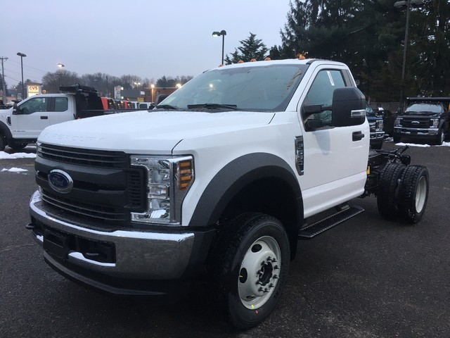 2019 F-550 Regular Cab DRW 4x4,  Cab Chassis #Y0111 - photo 3