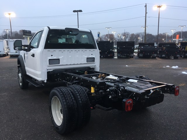 2019 F-550 Regular Cab DRW 4x4,  Cab Chassis #Y0111 - photo 4