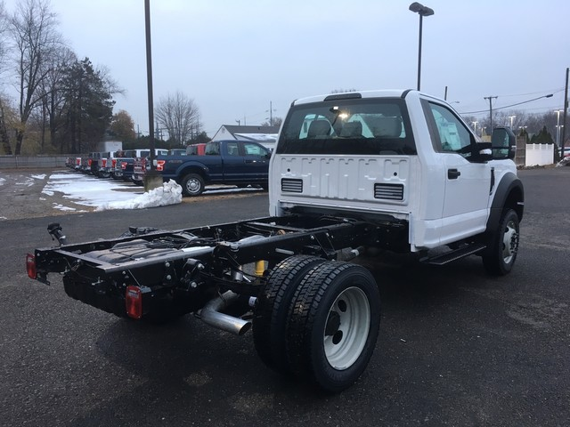 2019 F-550 Regular Cab DRW 4x4,  Cab Chassis #Y0111 - photo 2