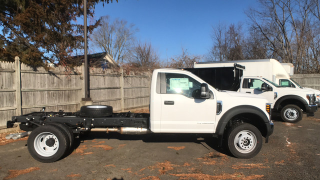 2019 Ford F-550 Regular Cab DRW 4x4, Cab Chassis #Y1576 - photo 1