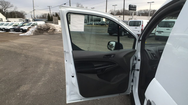 2020 Ford Transit Connect FWD, Empty Cargo Van #Z0075 - photo 19
