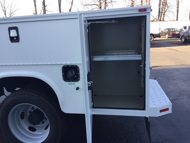 2017 F-550 Regular Cab DRW, Service Body #CDA06058 - photo 11