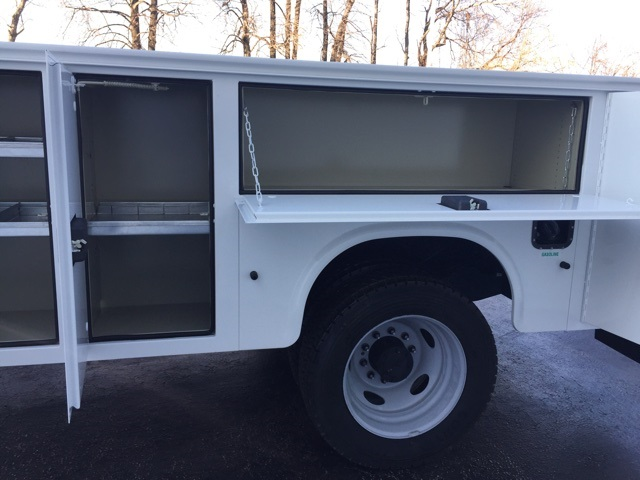 2017 F-550 Regular Cab DRW, Service Body #CDA06058 - photo 13