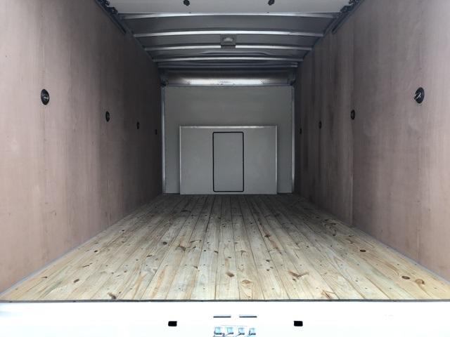 2019 E-350 4x2, Dejana DuraCube Cutaway Van #CDC38559 - photo 4