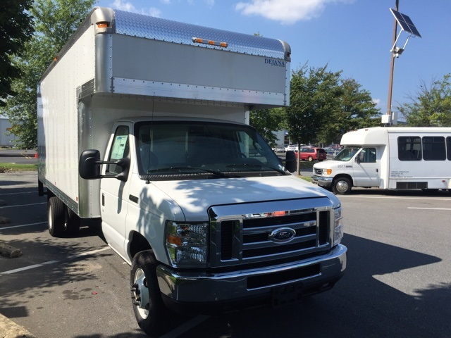 2018 E-450 4x2,  Dejana Truck & Utility Equipment Cutaway Van #CDC40233 - photo 5