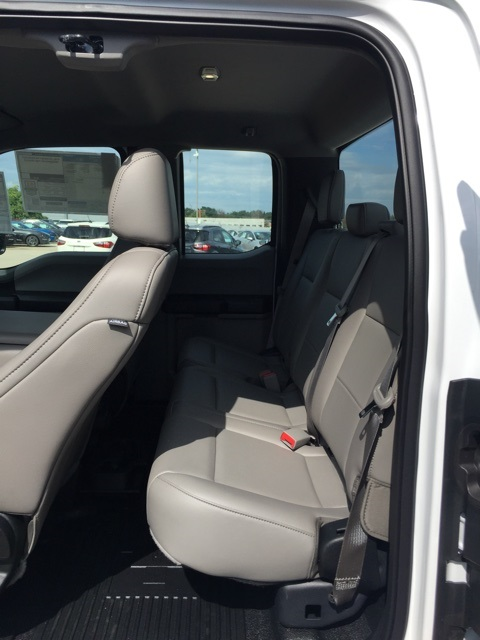 2018 F-250 Super Cab 4x4,  Reading Service Body #CEC53957 - photo 5