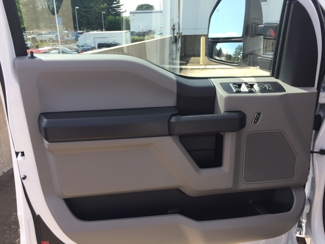 2018 F-250 Super Cab 4x4,  Reading Service Body #CEC53957 - photo 6