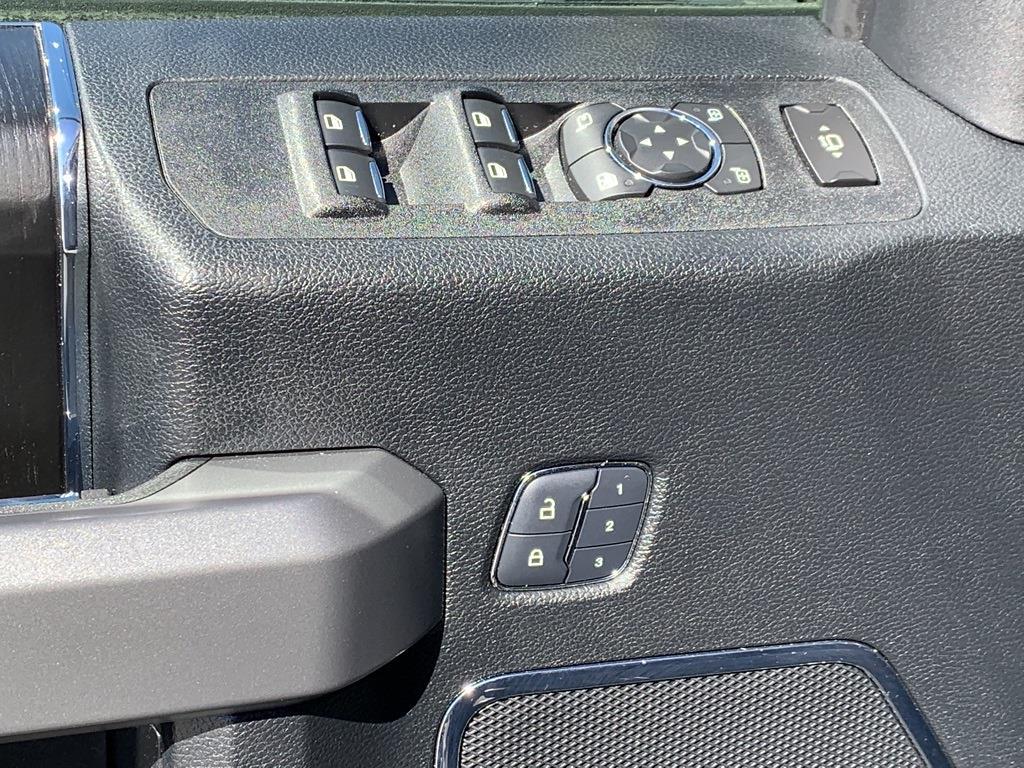 2018 Ford F-250 Crew Cab 4x4, Pickup #CEC8050A - photo 36