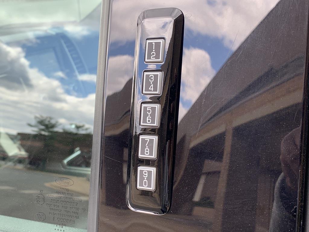 2019 Ford F-150 SuperCrew Cab 4x4, Pickup #CEC8050B - photo 14